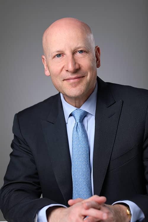 Author Daniel Levin